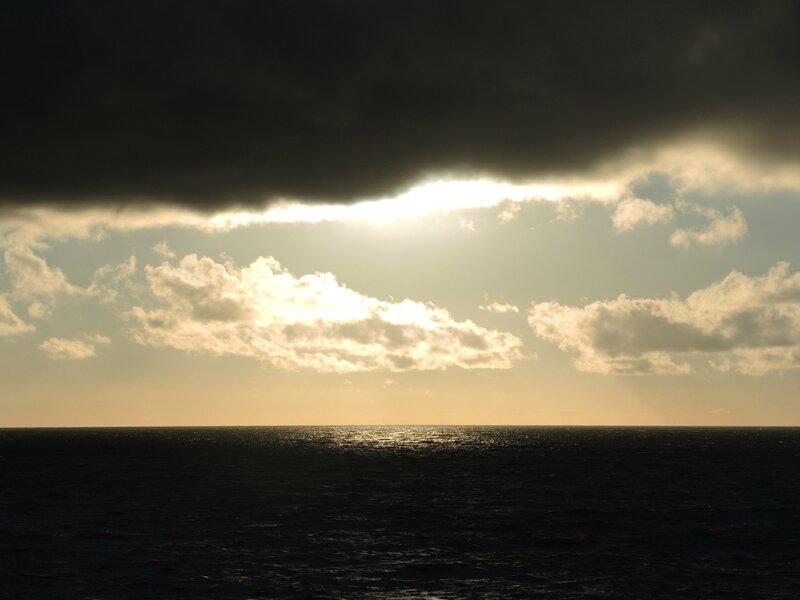 J) Zelenogradsk, soleil voilé sur la Baltique (Russie)