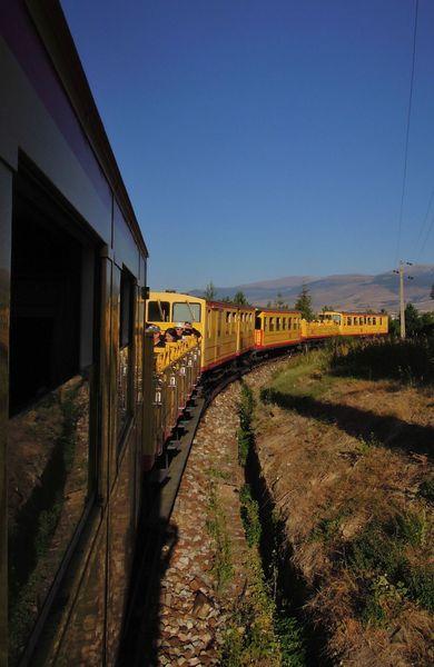 Ti train jaune 064