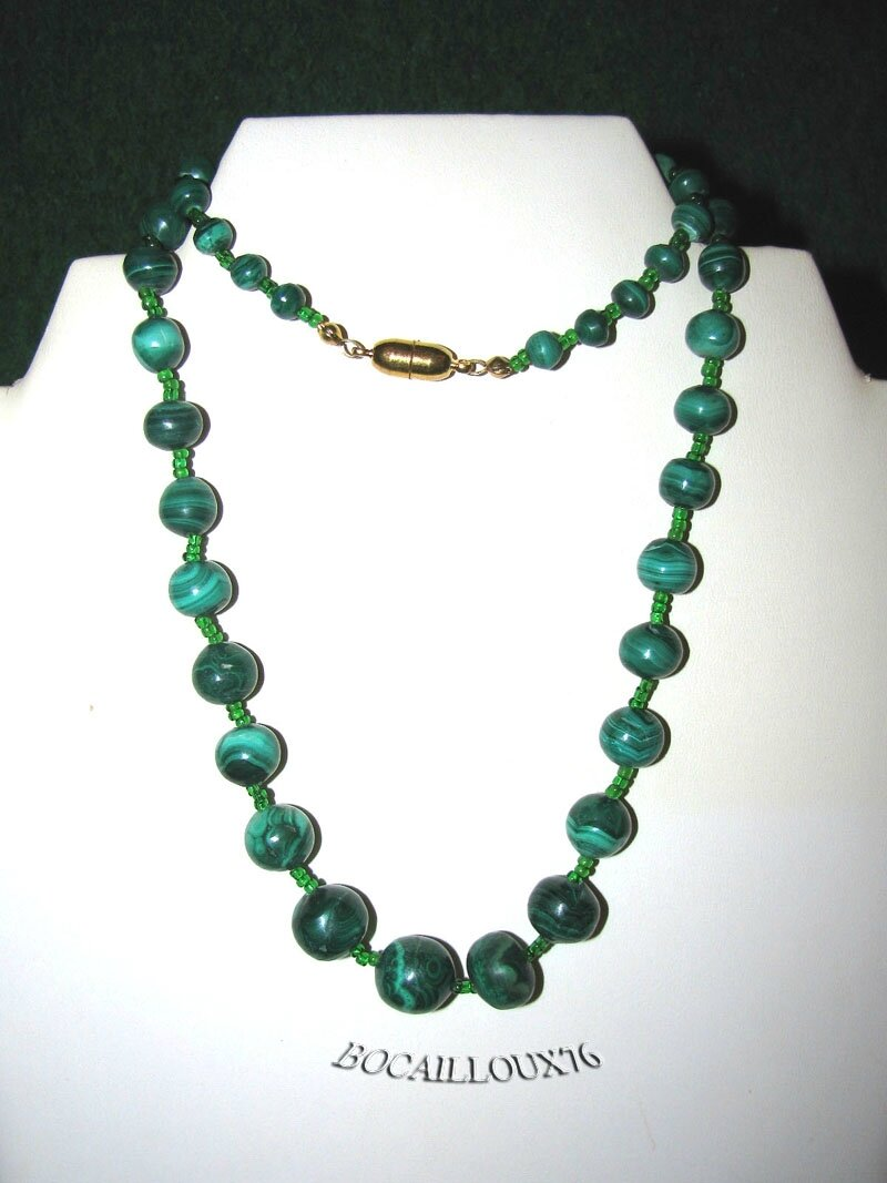 COLLIER MALACHITE 10 Perles D.6-13mm