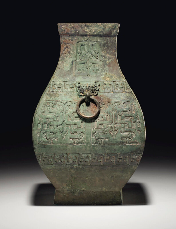2013_NYR_02689_1239_000(a_bronze_ritual_faceted_wine_jar_fanghu_spring_and_autumn_period)