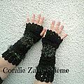 Mitaines longues femme, mitaines longues noir laine crochet faite-main, idée cadeau femme, mitaines originales en boutique