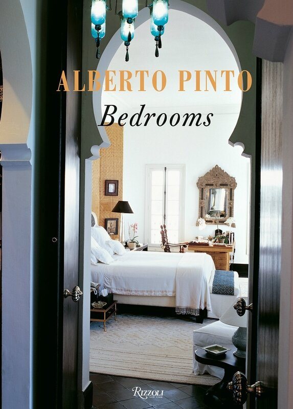 Cabinet_Pinto_Covers_Books_5