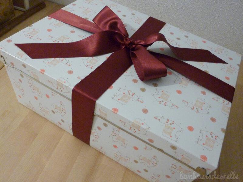 00 - cadeau avec noeud