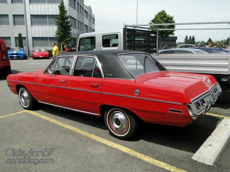 dodge-vip-dart-sedan-1971-2