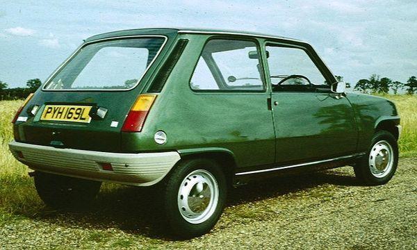 800px_Renault_5TL_rear_three_quarters_1972