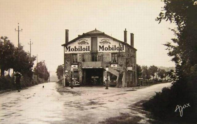 43-monfaucon-du-velay---les-maisonnettes-garage-et-station-service-mobiloil