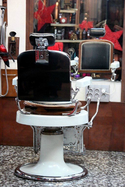 11-Barcelone, Coiffeur_5206